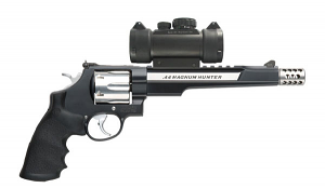 Smith & Wesson Model 629 Six Shot, 7-1/2 inch .44 Magnum - HUNTER