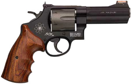 Smith & Wesson Model 329PD HIVIZ Six Shot, 4 inch .44 Magnum